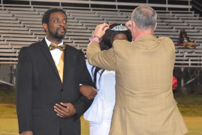 Mr. Lee Simms, principal crowns Dwaynasia Webb as the 2016 Homecoming Queen